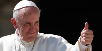 Paus Fransiskus jempol
