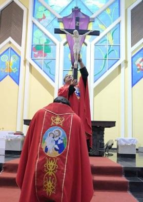 penyembahan salib