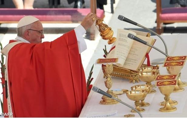 Pope Francis-Pentecost-2017