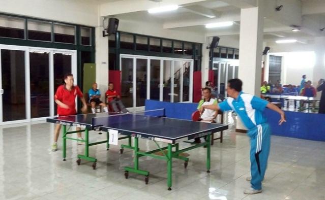 Tenismeja di Wnsobo