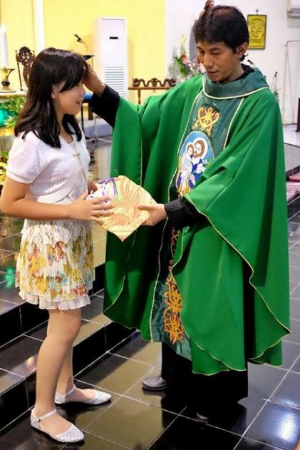 Hadiah dan berkat utk salah seorang pemenang ayat emas (01102017/by herdyan)