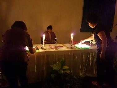 Penyalaan lilin mengenang arwah Ibu2 WKRI (07/11/2017)