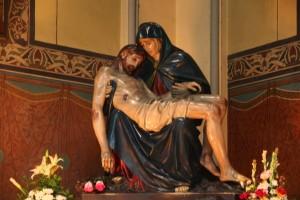 Pieta-Gereja-Katedral-300x200.jpg