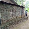 Dinding dapur keluarga Pak Kosim-1