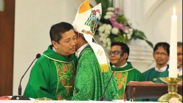 Uskup-Bogor-dan-Uskup-Purwokerto-1132x509