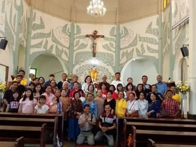 Foto bersama seusai misa di Gereja Antonius Muntilan (211018)