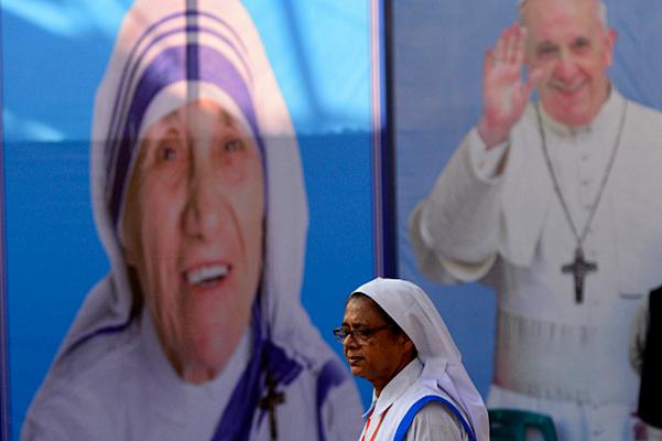 Ibu-Teresa dan Paus Fransiskus.png