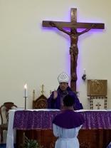 Mgr Tri Harsono memimpin misa di Stasi Sokaraja