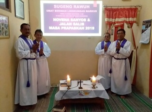 Novena dan Jalan Salib di Lingk Markus-6