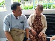 Rm Manto bersama Oma
