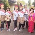 Yel-yel dan kostum Lingkungan St Lucia di HUT Sanyos ke 55