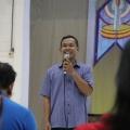 Pak Yohanes Supriyanto pembawa acara
