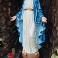 Patung Bunda Maria di komplek Hening Griya