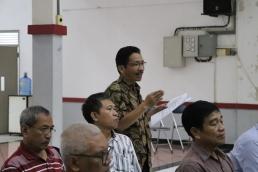 Peserta rapat bertanya tentang prosedur permohonan dana APP