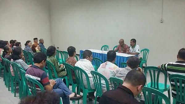 Sosialisasi rencana pemekaran lingkungan oleh pengurus stasi Sokaraja