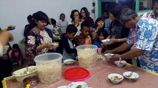 Makan bersama menjelang seminar