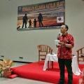 Pemandu acara seminar