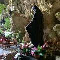 Doa pribadi di Gua Maria Tritis