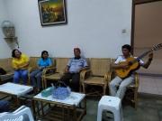 Nyanyi bersama Mgr Sunarko