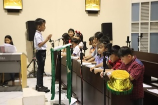 Sanyos Children Choir 1